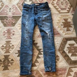 "Madewell 9"" High-Rise Skinny Jeans Destructed Hem"